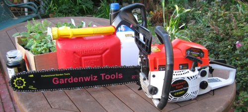 The powerful GardenWiz Tools CS-5801 chainsaw is easy to start and use